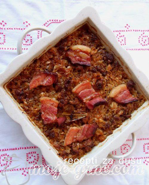 Podvarak sa suvim mesom i slaninom