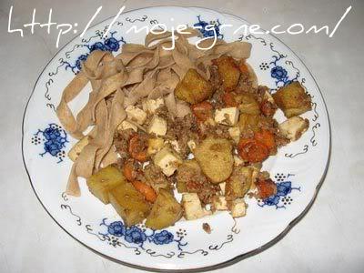 Tunjevina sa seitanom i tofu sirom