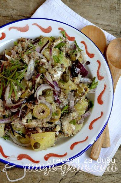 Salata sa sardinama