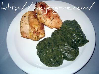 Belo pileće meso sa pireom od krompira i blitve