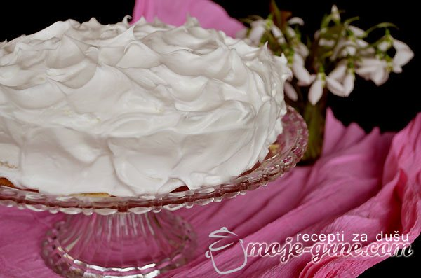 Ljubavno gnezdo torta