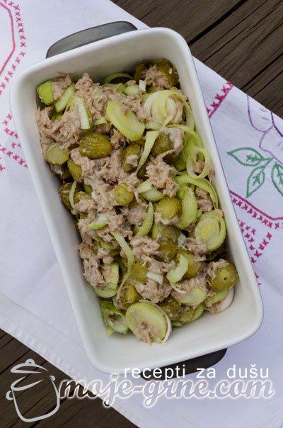 Ekstra brza salata sa tunjevinom
