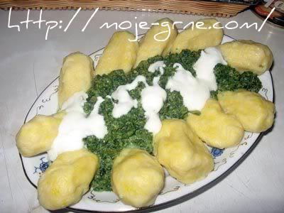 njoke sa umakom od brokolija i kopriva