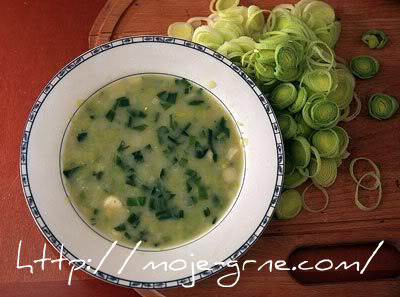 pikantna supa od luka