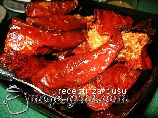 Suve paprike punjene sojom i pirinčem
