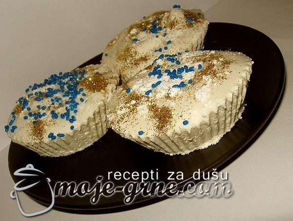 Hibiscus Marshmallow Cupcakes