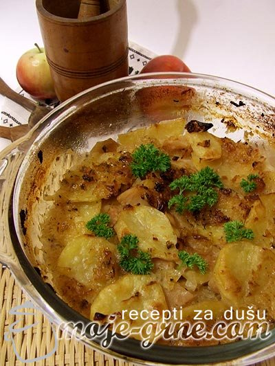 Musaka od krompira i jabuka