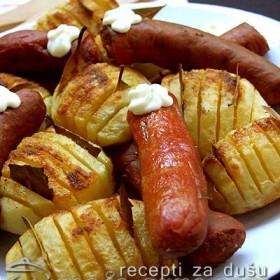 Pečeni krompir sa lovorovim listom