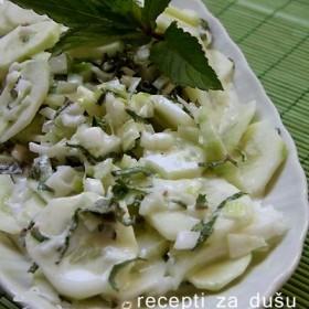 Salata od nane i krastavca