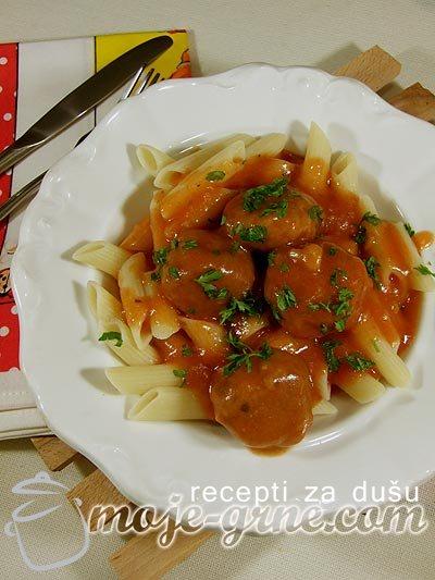 Ćuftice od tunjevine u sosu od paradajza