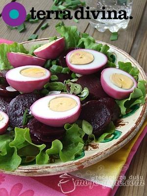 purpurno jaje