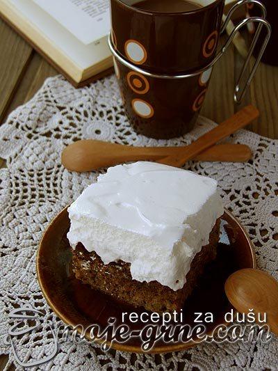 Crni kolač sa šamom