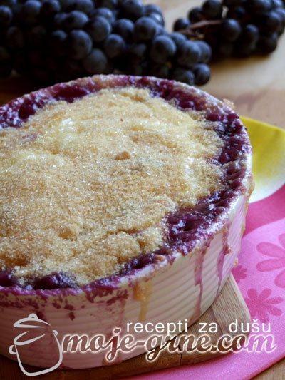 Zapečeni desert sa grožđem