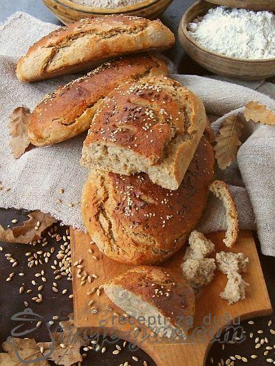 Hleb od integralnog i crnog brasna sa pirincem