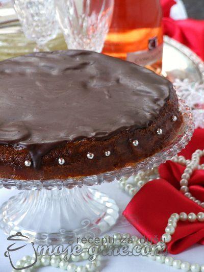 Zimski cokoladni kolac
