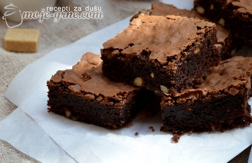 Socni brownies sa kafom