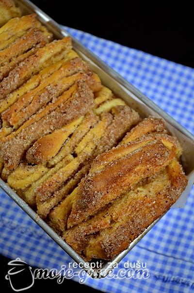 Strast sa secerom i cimetom - Cinnamon Sugar Pull-Apart Bread