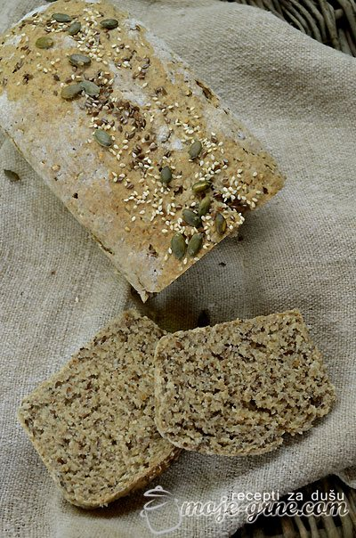 Hleb sa semenkama
