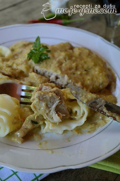 Šnicle u sosu od kiselih krastavaca