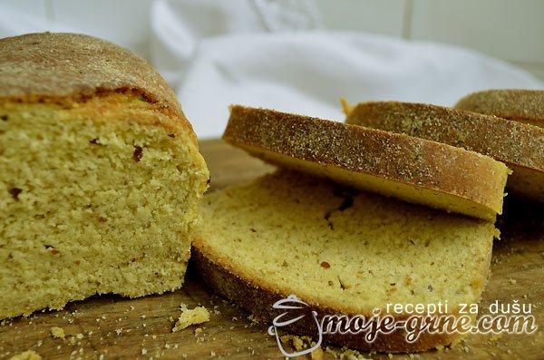 Hleb od crnog pšeničnog i žutog kukuruznog brašna