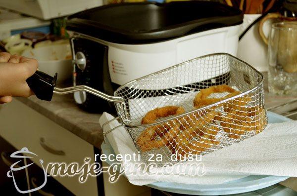 Prženi kolutovi luka - Onion rings