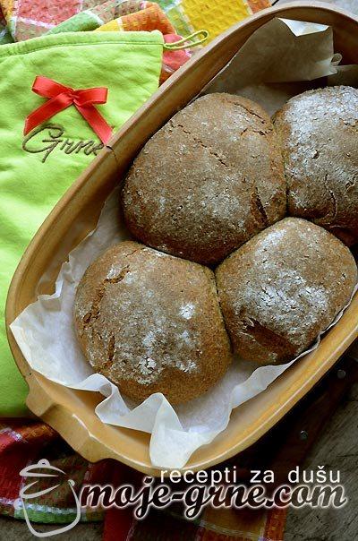 Raženo - crni hleb