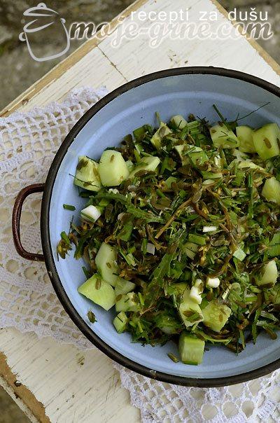 Salata od tušta sa prazilukom