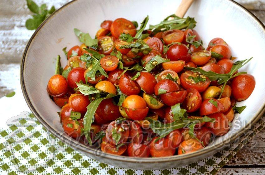 Salata sa čeri paradajzom
