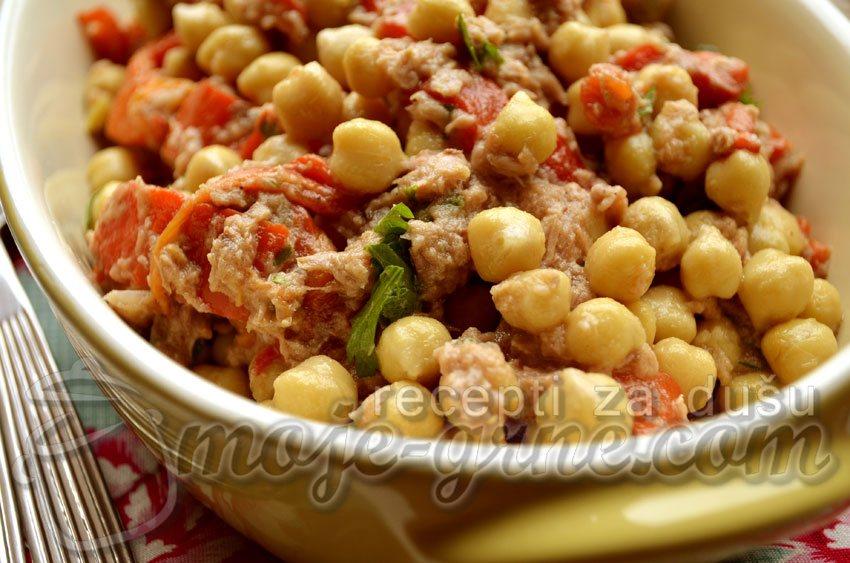 Salata od leblebija i paprika