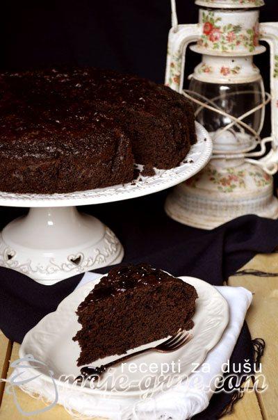 Čokoladna kefir torta