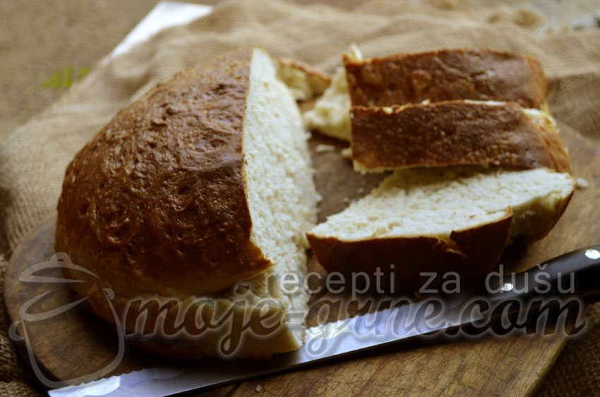 Hleb sa kozjom surutkom