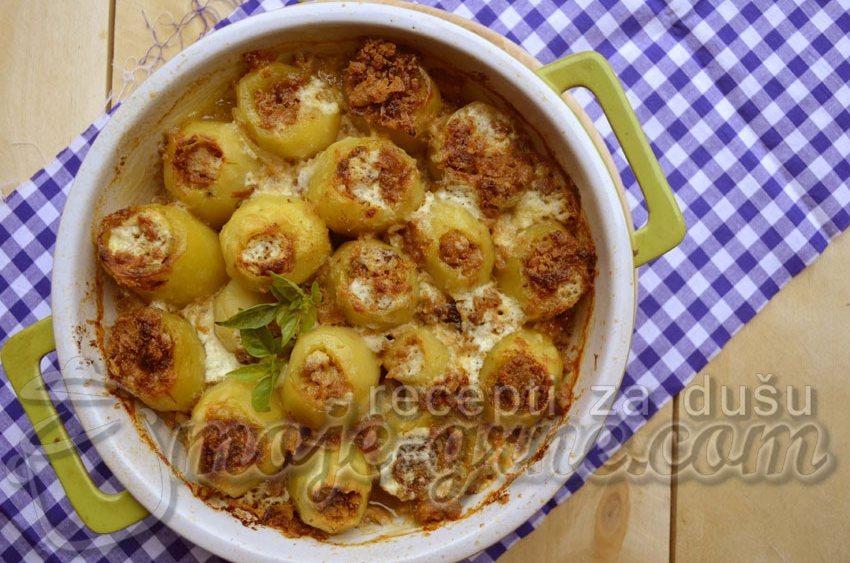 Krompir punjen čvarcima