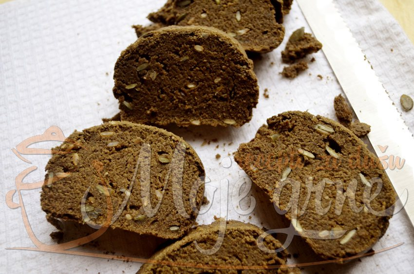 Hleb od lanenog brašna