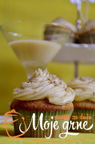 Eggnog Cupcakes - Kapkejksi sa likerom od jaja
