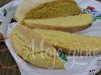 Krckavi kukuruzni hleb