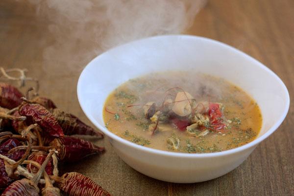 Supa s belom morskom ribom
