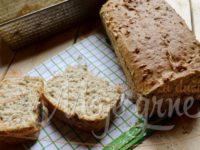 Graham hleb sa semenkama