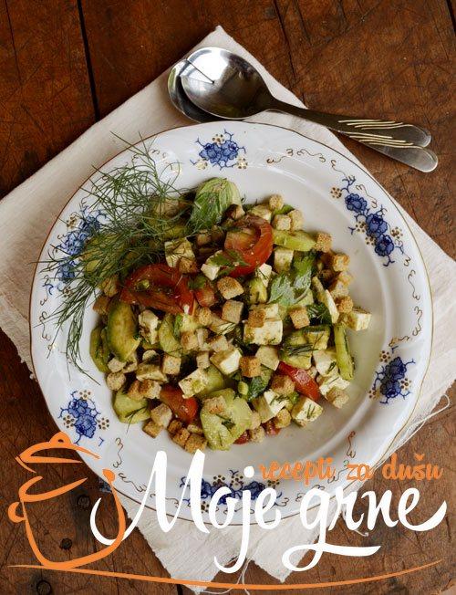 Salata sa kozjim sirom i avokadom
