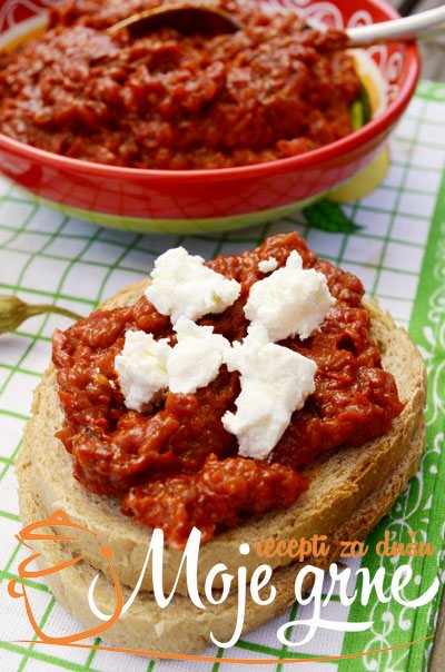 Ajvar sa paradajzom i paprikom - bez konzervansa