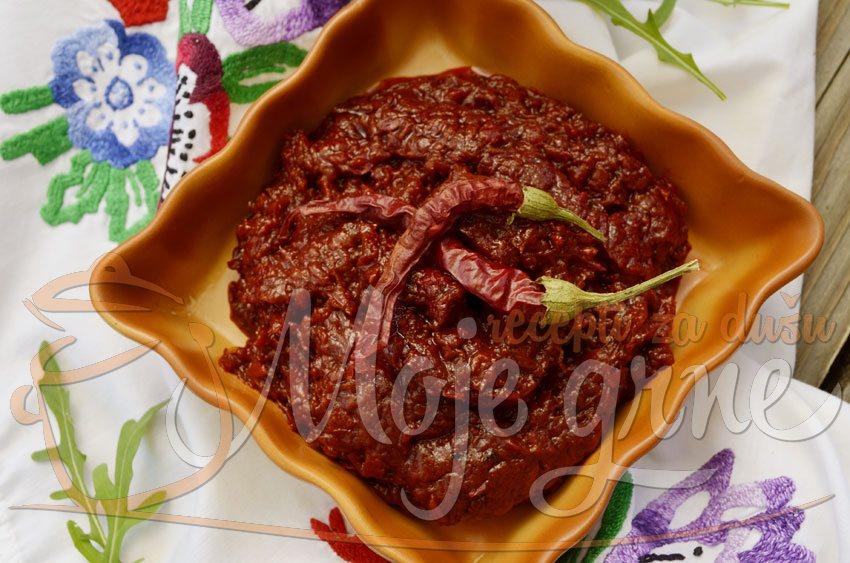 Ajvar sa patlidžanom i pečenim paprikama