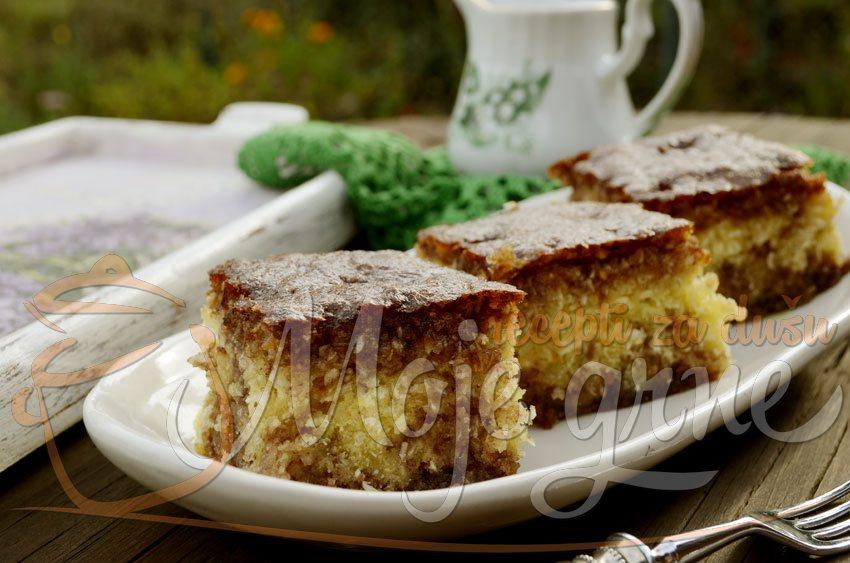 Preliveni kolač sa kokosom
