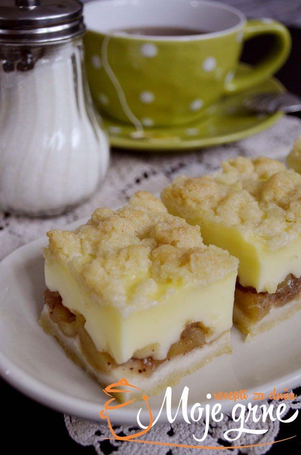 puding kolac sa jabukama