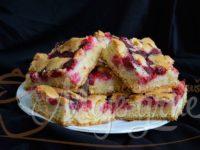 Bakin kolač sa malinama