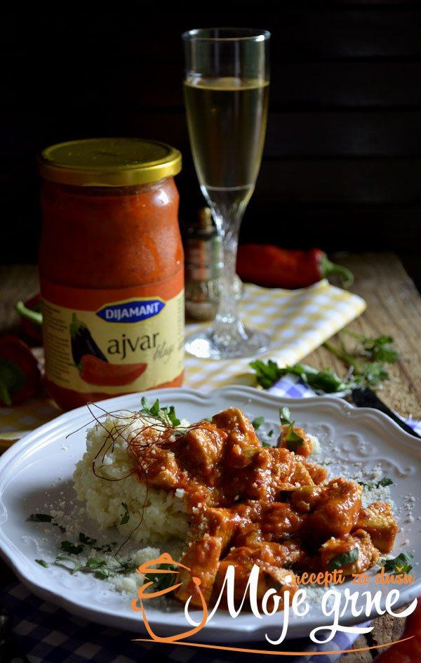Piletina u sosu od ajvara