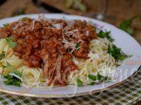 Sos od mesa iz krčka (Slow Cooker Meat Sauce)