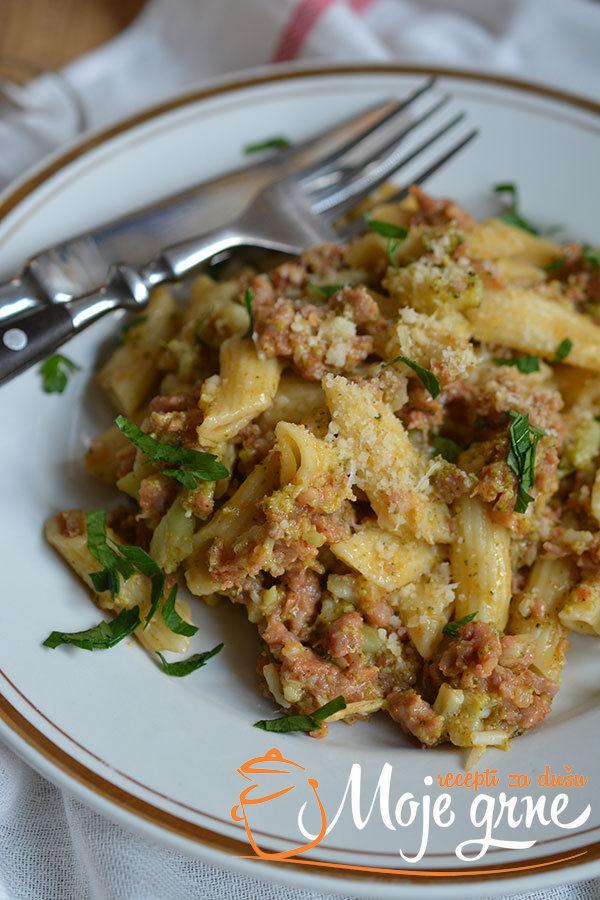 Pasta sa kobasicama i brokolijem