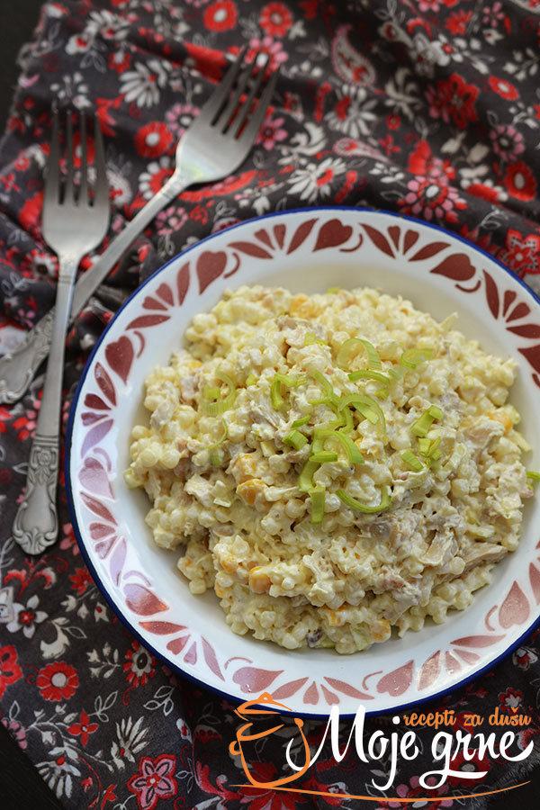 Pileća salata sa taranom