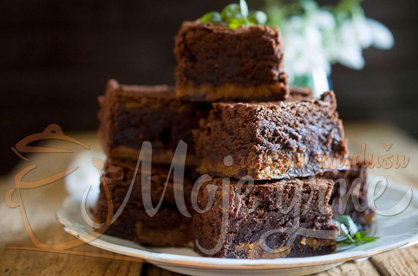 Karamel braunis ( Caramel Brownies)