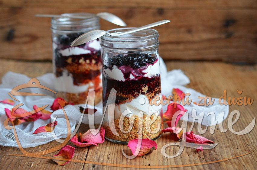Brzi desert iz čaše