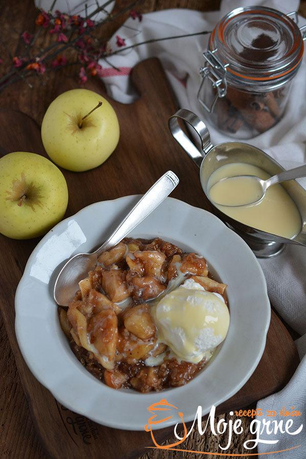 Karamel krambl sa jabukama